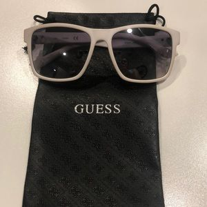 Women's Guess sunglasses with case